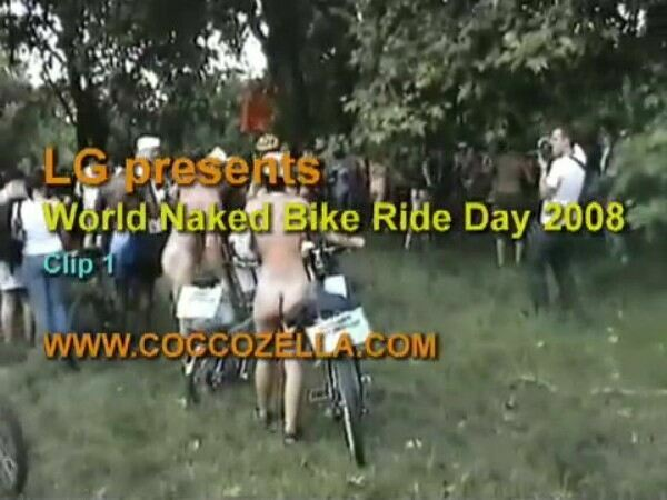 Nudist Documentary Video - Bike Ride 2008  バイクの乗車