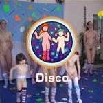 Disco-Naturist Freedom  家族の裸体