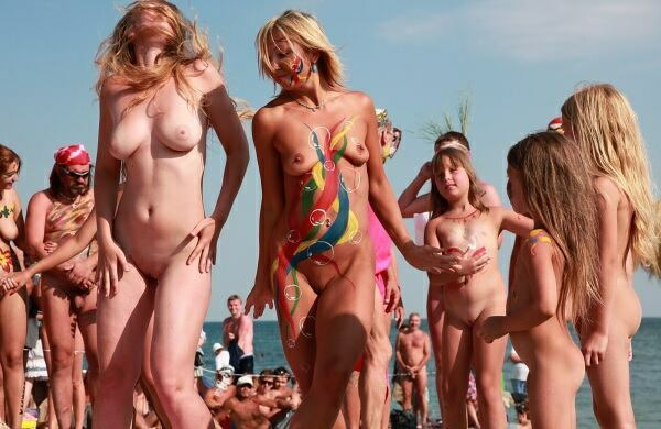 nude nudism pics