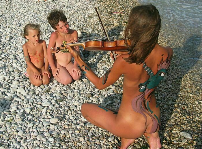 Family Nudist Pictures [Premium Content] set36