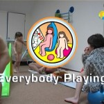 Everybody Playing-Family Naturism  家族の裸体