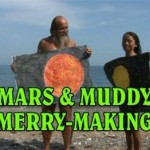 Nudist Family Video - Mars and Muddy Merry-Making  ヌーディスト家族ビデオ