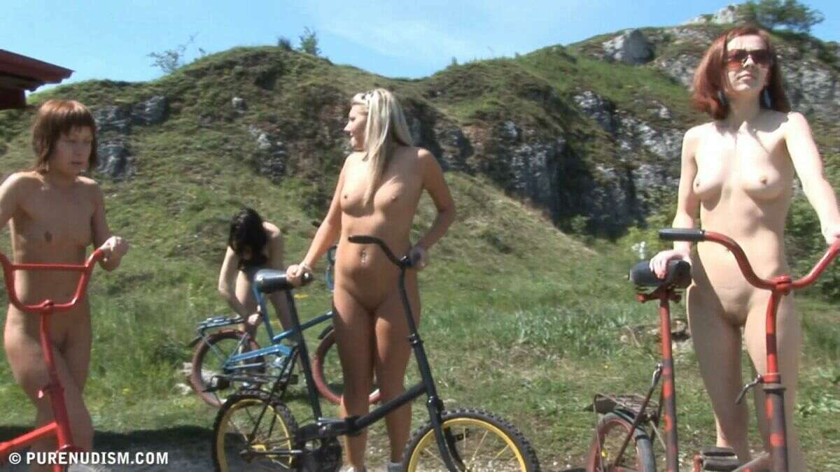 PureNudism-–-Family-Nudist-Pictures-PC-set Mountainside Afternoon