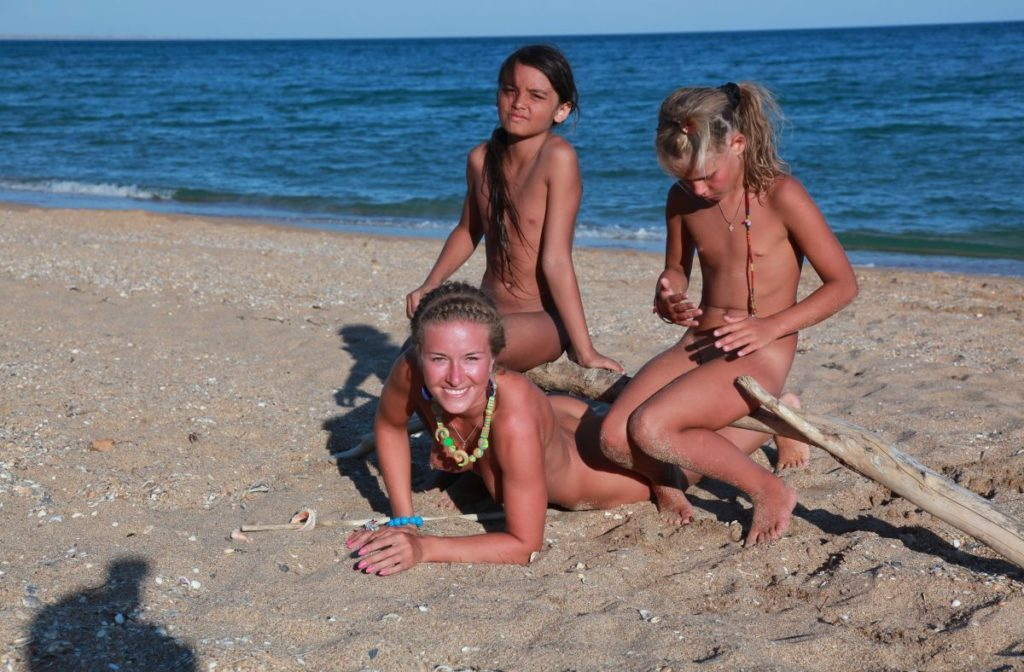 Family Naturism - Blue Danube Coast part 6