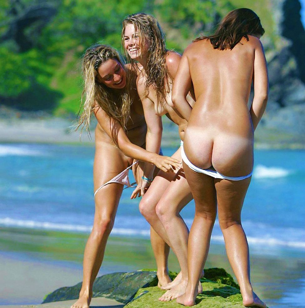 Funny Moments of Nudists Life #2 - Nudist photo gallery